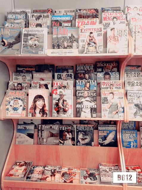 雑誌の画像(プリ画像)