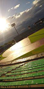 陸上競技場 プリ画像
