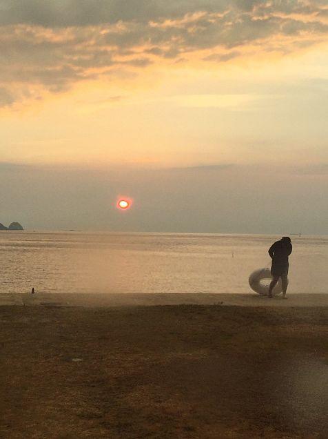 海 夕日の画像(プリ画像)