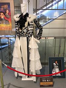 雪組  ステージ衣装✨の画像(真彩希帆に関連した画像)