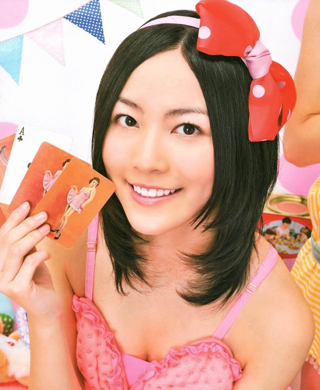 端整な顔立ちの松井珠理奈
