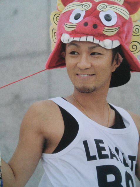 可愛らしい帽子をかぶった浦田直也