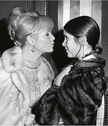 訃報:Debbie Reynolds Carrie Fisherの画像(訃報に関連した画像)