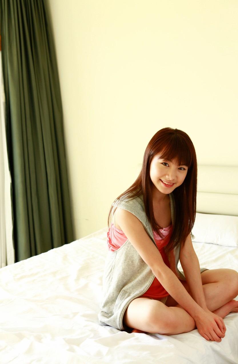 石田亜佑美の画像 p1_26
