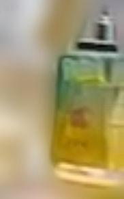 香水の画像(フレグランスに関連した画像)