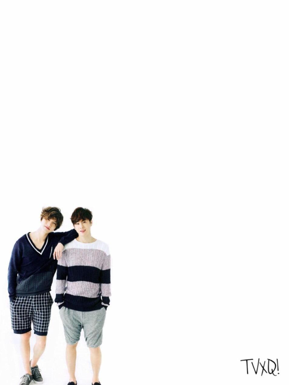 2人の肩を組んでいる高画質壁紙画像です。