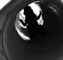 女の子と滑り台の影 再投稿の画像(プリ画像)