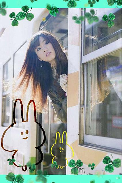 桐谷美玲さんとぴよたそウサギの画像 プリ画像