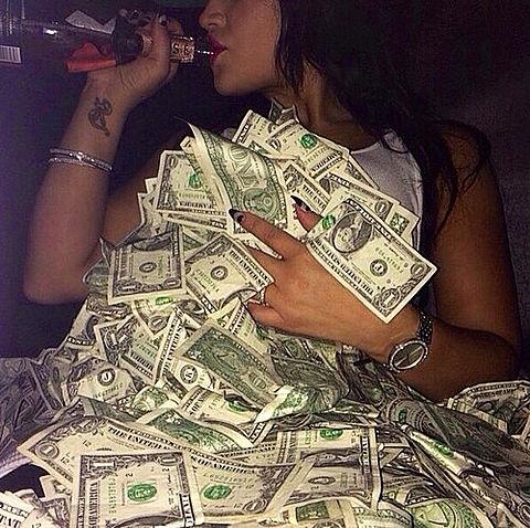 Rich girlの画像 プリ画像
