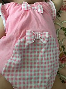 赤ちゃん ベイビー服 ピンク色 リボン かわいい プリ画像
