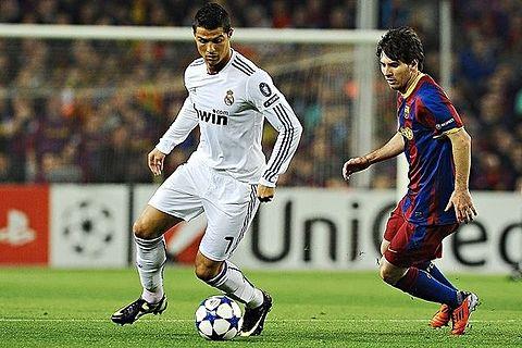 Cristiano Ronaldo vs Messiの画像(プリ画像)