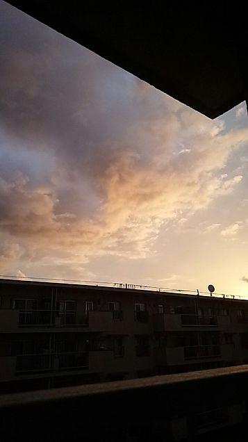 朝5時頃の朝焼け✨の画像(プリ画像)