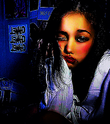 女の子 暗め コントラスト強め かわいいの画像(コントラストに関連した画像)