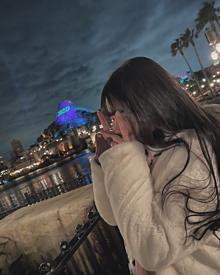 女の子/後ろ姿/Disney プリ画像