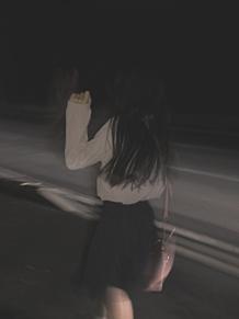 女の子/後ろ姿 プリ画像
