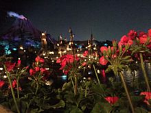 プロメテウス火山 夜の画像(ディズニーシー ライトアップに関連した画像)