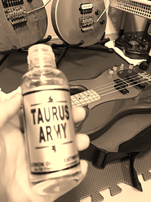 ギター・ベース オールド風の画像(#エレキベースに関連した画像)