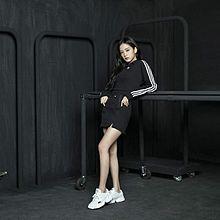 BLACKPINK adidas 相互フォローの画像(ジェニーに関連した画像)