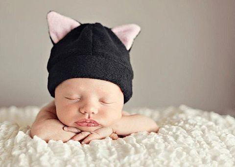 猫耳赤ちゃん