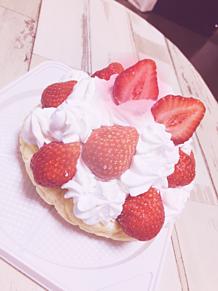 いちごのメロンパンケーキの画像(パンケーキに関連した画像)