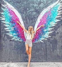 Wingの画像(海外 カラフルに関連した画像)