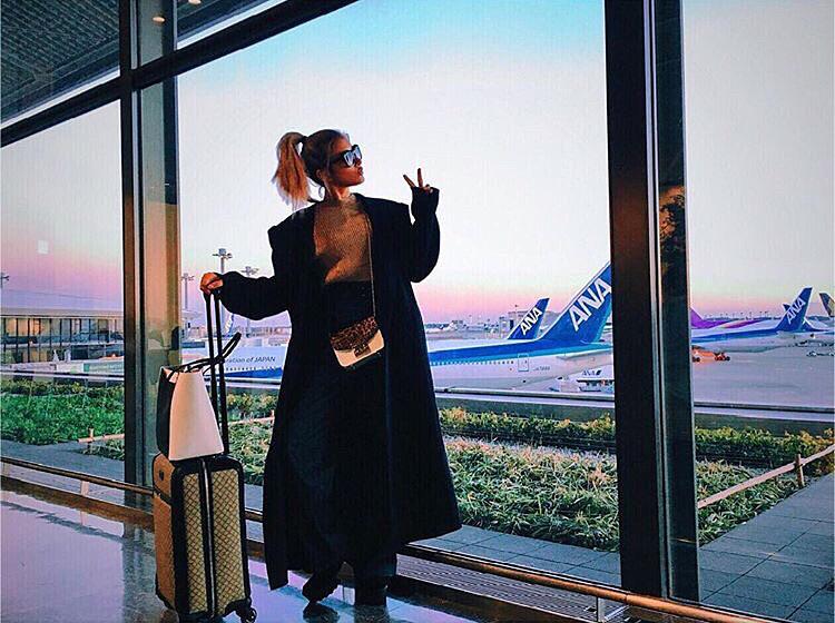 空港でのローラ