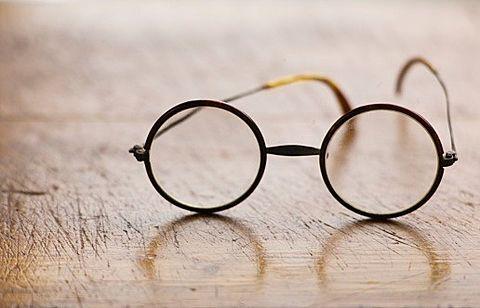 丸眼鏡の画像(プリ画像)