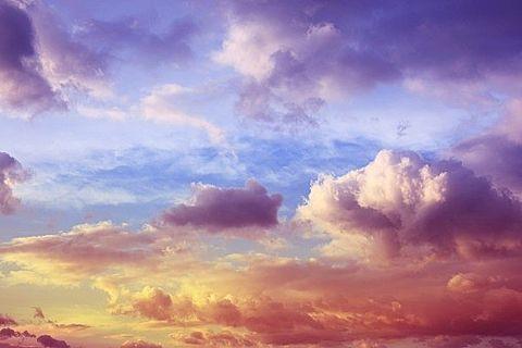絵画のような雲の画像(プリ画像)