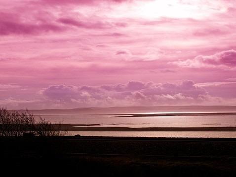 ピンク色の空と雲の画像(プリ画像)