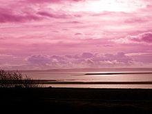 ピンク色の空と雲の画像(/素材/トップ画に関連した画像)