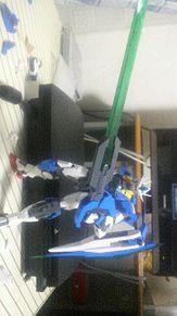 半壊したクアンタの画像(ガンダムOOに関連した画像)