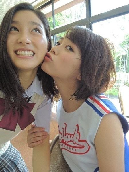 土屋太鳳と坂田梨香子