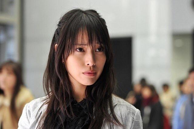 大人なミサミサの戸田恵梨香