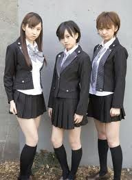 軽蔑していた愛情 : AKB48、MORE...