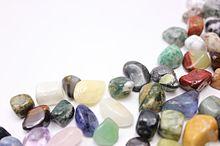 この夏の天然石ネイルは神秘的な「翡翠ネイル」がおすすめ!の画像(天然石ネイルに関連した画像)