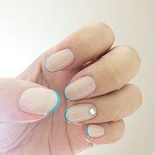 ミニマルなデザインで美指効果バツグン!指をほっそり見せてくれる『細フレンチネイル』に注目!の画像(ミニマルに関連した画像)