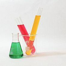 男性タイプ別モテネイル!〜理系男子をおとすならモノトーン&化学式ネイル〜の画像(タイプ別に関連した画像)