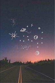 一目惚れの季節…?夜空ネイルの人を惹き付ける魔法デザインまとめ☆の画像(夜空ネイルに関連した画像)