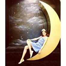 ありそうでない!月ネイルの幻想的で不思議な世界観にうっとり…?の画像(月ネイルに関連した画像)