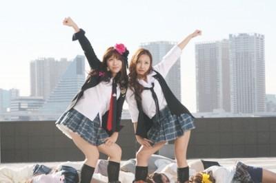 AKB48 板野友美 河西智美 仮面ラ...
