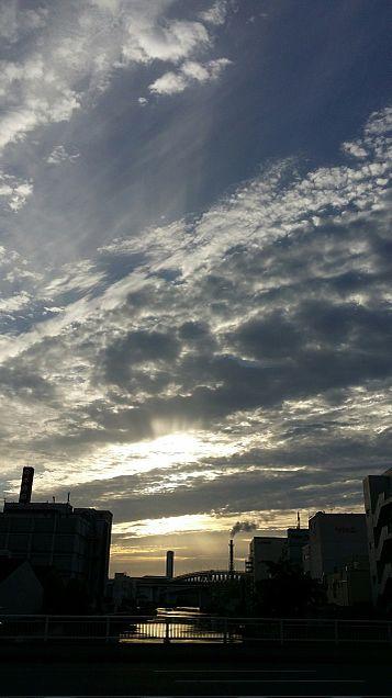 今日の空の画像 プリ画像