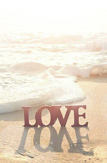 ビーチ海テーマ スマホ壁紙 Love 夏がテーマのiphone スマホ用ホーム ロック画面壁紙180 ハワイ夏風 トロピカル ビーチ海 Naver まとめ