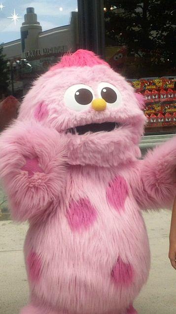 ピンクの癒しモンスターの画像 プリ画像