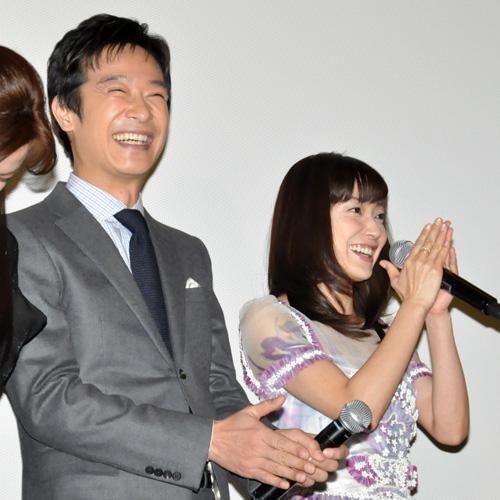 満点の笑顔の菅野美穂