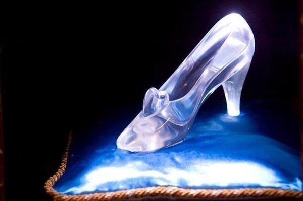 ガラスの靴 [26512598]   完全無料 ...
