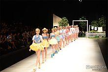 若槻千夏プロデュース「WC」が東コレ初参加<ファッションショー写真特集>の画像(若槻千夏プロデュースに関連した画像)