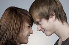 友達以上恋人未満の男性の嫉妬心を刺激する女性5の言動の画像(言動に関連した画像)