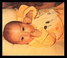 蛯原友里、赤ちゃんショット公開で「美人」「お人形さんみたい」の声の画像(モデルプレスに関連した画像)