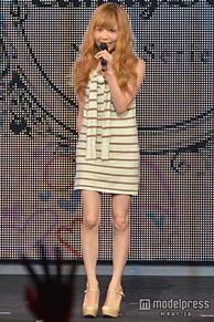 益若つばさ、ミニワンピで美脚披露 甘い声でファンにおねだりの画像(モデルプレスに関連した画像)