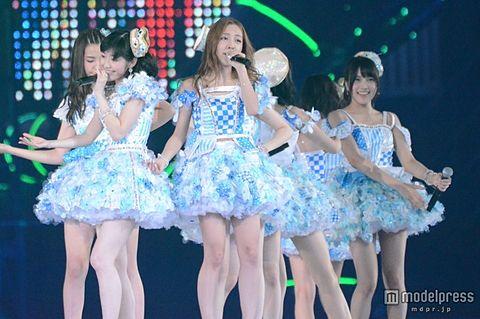 AKB48、板野友美卒業のドームツアー千秋楽 延べ40万人を動員<セットリスト>の画像 プリ画像